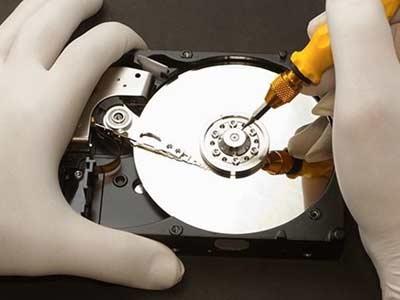 cứu dữ liệu ổ cứng bị chết cơ